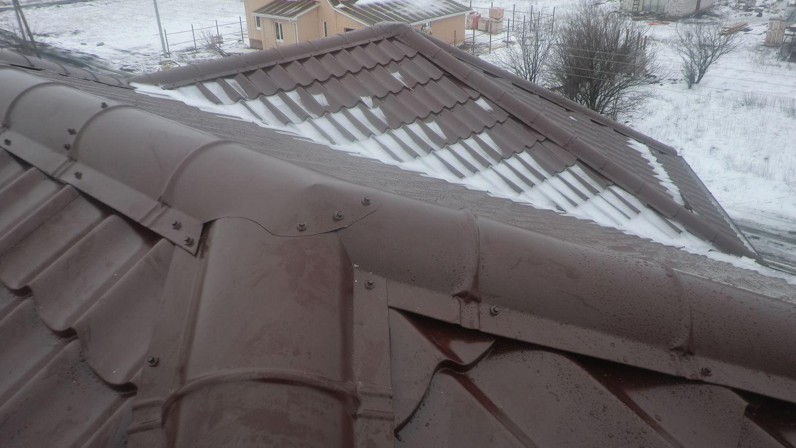 Как крепить оцинкованный конёк на шиферную крышу? - ответы 21
